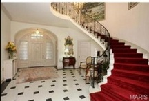 Stairways & Entryways / Make a grand entrance with any of these inspirational stairways, foyers and entryways.