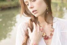 Les Néréides bijoux / Les Néréides, cette grande marque de bijoux fantaisie trouve son inspiration dans le voyage. Pascale et Enzo, les créateurs, vous surprendront à chaque saison.  http://www.linea-chic.fr/boutiques/les-nereides/les-bijoux