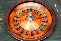 Roulette Wheels / Single 0, double 00, French, American, antique and modern including the weird and unconventional.