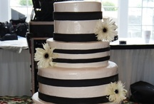 Striped Cakes / by I Do Inspirations