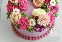 cake + bake / Buttercream cakes: decorating inspirations and recipes for cakes, frostings, and fillings!