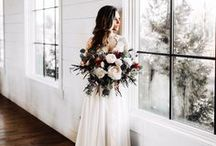 Fall and Winter Wedding Trends / beautiful fall and winter trends. navy and burgundy weddings. dusty blue, so many beautiful wedding details.