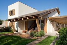 Front House and Floorplan / Fachadas e Plantas