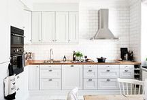 Cocinas...Kitchens / by Ana Konda