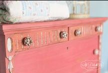 Tutorials:  Paint, Patinas & Finishes / by juliawithag