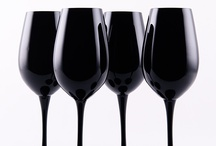 Glassware / Form, function and funkiness in wine service