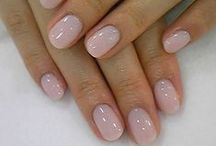 Nails / Love to do my nails! / by Sonya Schulze