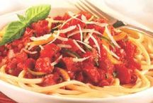 Italian Recipes / Take your taste buds on a trip to Italy with these family-pleasing favorites. / by Hunt's Tomatoes