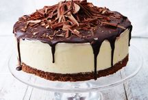 Easy Cheesecake Recipes / Hey! So I hear you want the best cheesecake recipes and baking tips? Well this board is filled with HUNDREDS of the best blog posts that I could find! Here you'll find everything from easy no bake cheesecake recipes to cheesecake bars, baked cheesecake recipes and so much more...