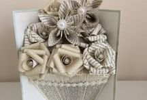 Arts & Crafts with Books / Not sure to do with that old book?...