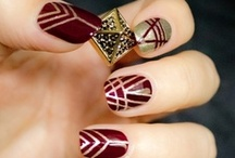 NAIL IT! / Awesome Nail Art and Manic Manicures Galore!