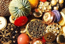 magic, button / Love old buttons?  Art buttons?  Bright, colorful buttons.  I have all manner of beautiful buttons right here for your pinning. Visit me at http://fleurdelisquilts.blogspot.com/ / by Mary Marcotte
