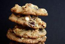 FOOD--Cookies & Donuts / by Nancy Oh