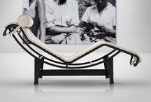 Sedie: l'eterna ricerca del comfort e del design / tecnologia, dinamismo, leggerezza e design senza tempo per sedute ergonomiche e di design che si integrano con stile negli spazi moderni.