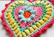 crochet - patterns & tutorials / crochet patterns and tutorials available for you to actually make.