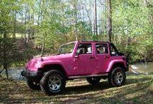 pink and black??? <3 / by Lisa Kepler