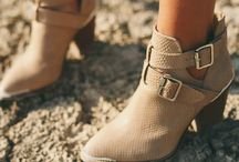 Shoes / by Danielle Lopes