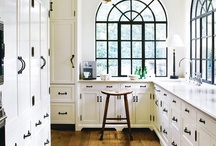 Kitchens / by Emily Lime
