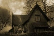 Ghost Towns and Hauntings / Scary and creepy ghosts and haunted house pictures. Ghosts are our scary Halloween tradition