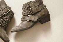 My Style / I'd wear it! / by Liz Wagoner