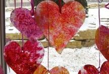 Holidays - Valentines Day - Traditions & Crafts