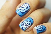 Spectacular Nails  / Perty nails for me to attempt.