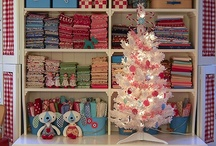 Holiday Happiness / by SINGER Sewing Company