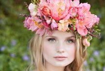 Mireille | ❤️ flowers / I ❤️ flowers & wear a flower every day!