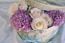 Flowers - handmade & real / by Sandra Whiley