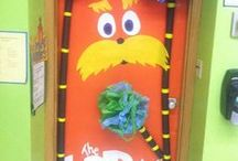 Door / Decorate your classroom door throughout the year and keep things interesting.  Here are some ideas for making your classroom door inviting for children.