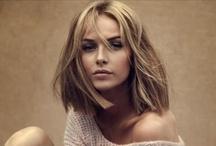 Hair and Beauty tips / by Helena Moutinho
