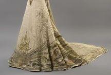 Fashion - Miles of Skirts