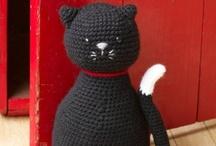 Crafts - Fabrics Knit & Crochet / by Emma Clarke