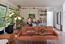 Living rooms / by Caro Bibi