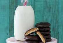 Coooookies / recipes for all those cookie monsters / by Bethany B