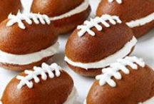 Foozeball Munchies / all things fried, jalapeno, pizza & wings perfect for watching football!! / by Bethany B