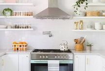 Organizational Tips / Useful tips and tricks to organizing everything from your kitchen cabinets to your vanity.