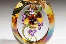 Beautiful Bottles  / #perfume #bottles #vintage