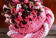 Couture Crochet PomPom Hats / Crochet couture pompom hats can have a ribbed or plain texture. Attach one to your beanie, beret, or slouchy hat when you work a beret pattern. Winter hats are great for pompoms. Crochet one of your own with any pattern available here. If you would like me to add you to this board, email fred_len1@yahoo.com Mention your Pinterest name. Only pom pom hats.