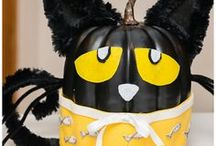 Boo! Halloween / Creative Halloween costumes, diy crafts for the home, creepy food to make with the kids and all things scary!