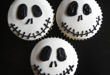 Halloween Food and Drink / by Design DNA