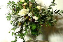 large scale arrangements / Large floral arrangements to accessorize your event