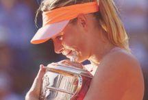 Maria Sharapova / A minha musa do tênis merece um painel cheio de fotos lindas dela.