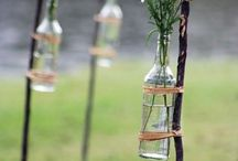 GARDEN INSPIRATION / Een simpele tuin met kruiden, originele elementen en een fijne relaxplek.
