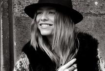 Inspiring looks / by Manon Michelle Monhemius