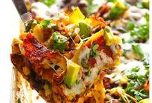 Yummy main dishes / by Tina Doddridge