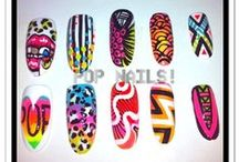 Nail art wheels & displays