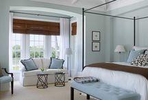 Master Bedroom / Lake side Master bedroom Coastal style minty blue/green
