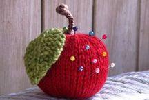 knit and crochet / by Natalka Pavlysh