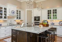Kitchens That Inspire / by Charleston Forge